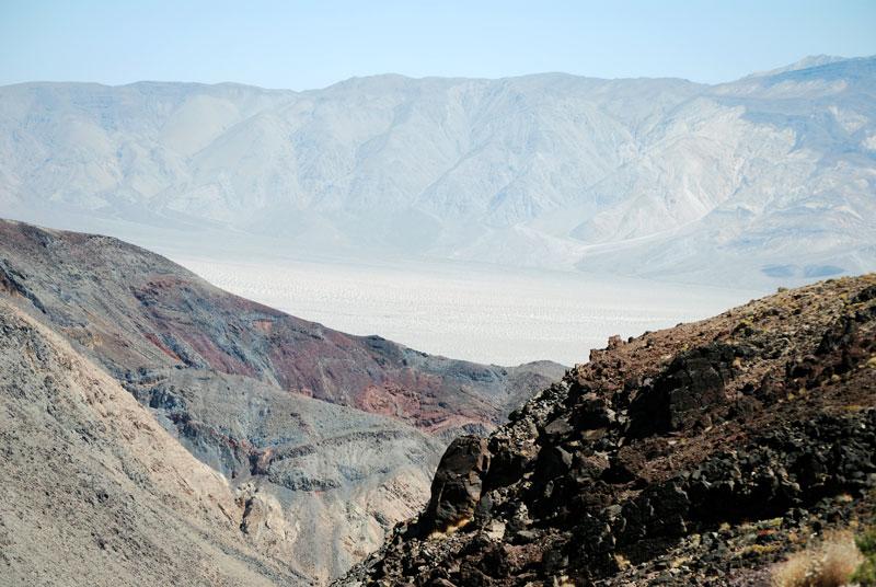 Una vista general de la llanura del Valle de la Muerte ©El Viajar es un Placer