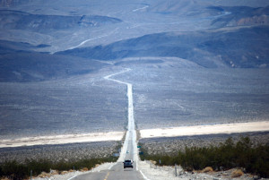 El Valle de la Muerte, un paseo por la belleza de lo desértico