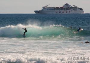 ¿Dónde practicar surf en Tenerife durante todo el año?