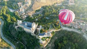Un viaje en globo sobre Segovia por sólo un 'selfie'