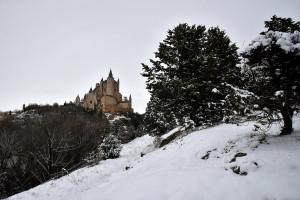Un paseo fotográfico por Segovia cubierta por un manto de nieve