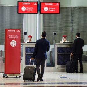 Emirates presenta la primera «ruta biométrica» integrada del mundo